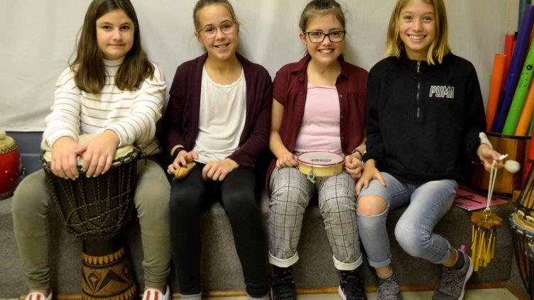 501 : des filles heureuses!